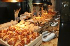 Travelnews.lv kopā ar «Tez Tour Latvija» izbauda Antaljas viesnīcas «Rixos Premium Belek» kulināro piedāvājumu 56