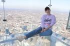 Travelnews.lv apmeklē Čikāgas augstākās ēkas Vilisa torņa skata platformu «Skydeck Chicago». Atbalsta: Finnair 16