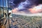Travelnews.lv apmeklē Čikāgas augstākās ēkas Vilisa torņa skata platformu «Skydeck Chicago». Atbalsta: Finnair 25