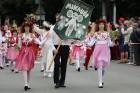 Dziesmu un deju svētku atklāšanas gājiens pulcē Rīgā visus Latvijas novadus (201-300) 4