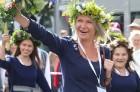 Dziesmu un deju svētku atklāšanas gājiens pulcē Rīgā visus Latvijas novadus (201-300) 26