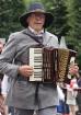 Dziesmu un deju svētku atklāšanas gājiens pulcē Rīgā visus Latvijas novadus (201-300) 37