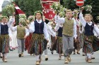 Dziesmu un deju svētku atklāšanas gājiens pulcē Rīgā visus Latvijas novadus (201-300) 56