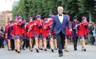Dziesmu un deju svētku atklāšanas gājiens pulcē Rīgā visus Latvijas novadus (201-300) 90