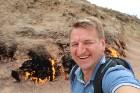 Travelnews.lv iepazīst degošu zemi, sāls ezeru un policiju Baku tuvumā. Sadarbībā ar Latvijas vēstniecību Azerbaidžānā un tūrisma firmu «RANTUR Travel 10