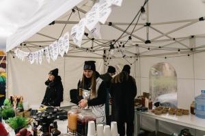 Jau astoto gadu Latvijas sulīgākais festivāls Dobelē pulcē novada un apkārtnes mājražotājus, stādaudzētājus, augļkopjus un interesentus 10