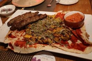 Travelnews.lv izbauda 5 zvaigžņu viesnīcas «Kingfisher Lodge» vakariņas un brokastis. Atbalsta: VisitSharjah.com un Novatours.lv 22