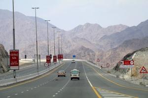 Travelnews.lv iepazīst Šārdžas emirāta lieliskos lielceļus ar 120 km/h. Atbalsta: VisitSharjah.com un Novatours.lv 16